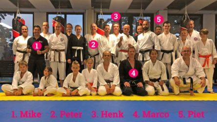 Zesde en laatste buiten training (maar nu binnen) Bunkai Kanku Dai 12 augustus 2019